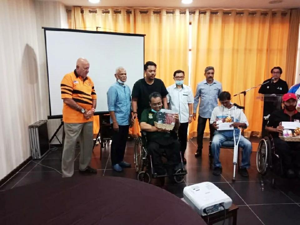 Majlis Penyerahan Sumbangan Raya Kepada Bekas Atlet Negara oleh Biotropics Malaysia Rakan Strategik Yakeb